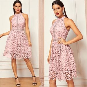 Dresses & Skirts - Going Out  Party Halter Neck Lace Sleeveless Dress